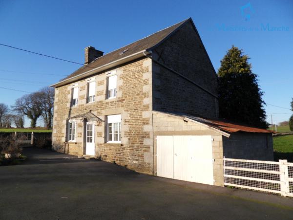 Maison de 104 m² avec nombreuses dépendances entre BRECEY et SAINT HILAIRE DU HARCOUET