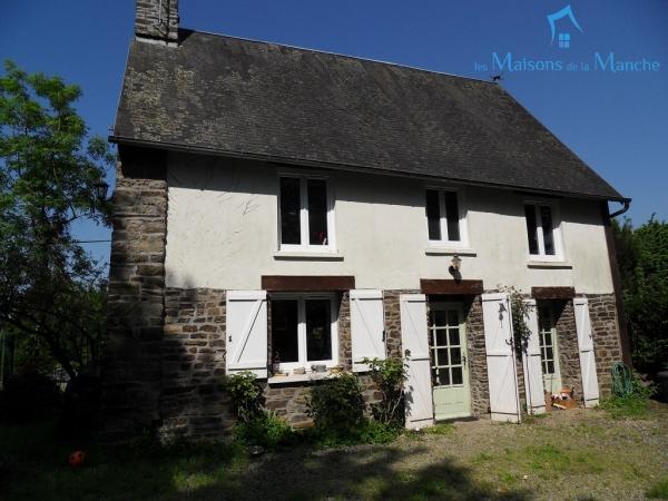 Charmante maison rénovée de 88 m² à LES CRESNAYS (50370)