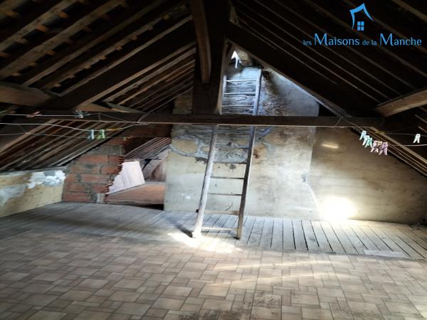 Maison de 94 m² dans centre ville de BRECEY